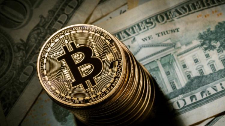 с момента появления криптовалюты