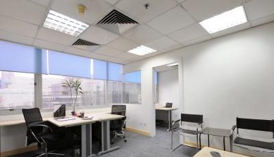 освещение в офисе