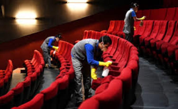 из-за коронавируса закрыты кинотеатры