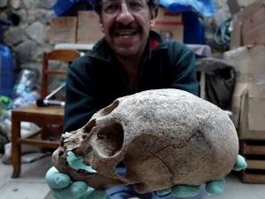 удивительные находки длинных черепов