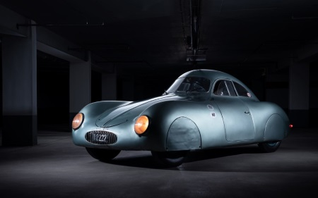 автомобиль Porsche Type